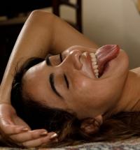 Zishy Mia Valentine nude