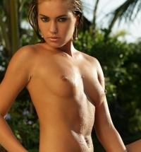 Petite wet blonde Verunka's nude ass in the pool