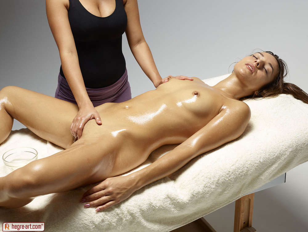 Oil massage sex easier