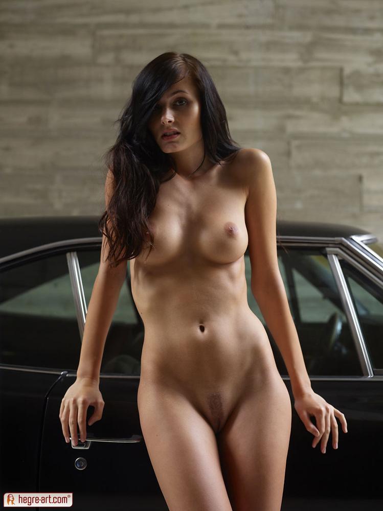 Тощие голые девушки 14 фотография