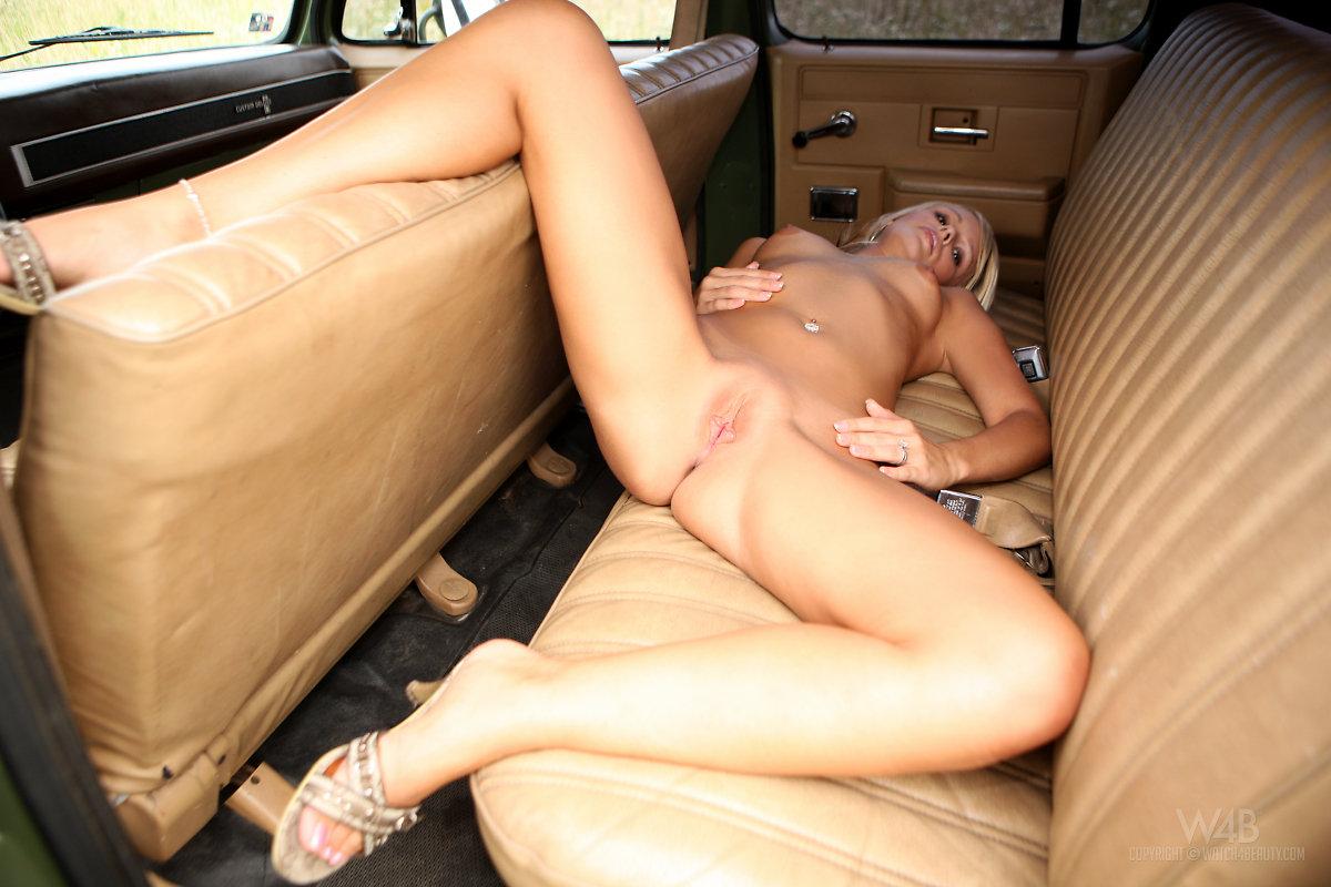 girls trucks Nude big