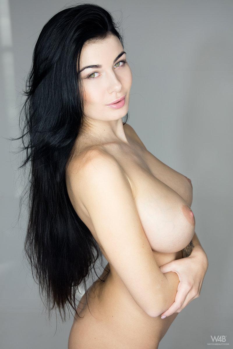 ... model Lucy Li aka Scarlett Lee poses nude in The Best Boobs