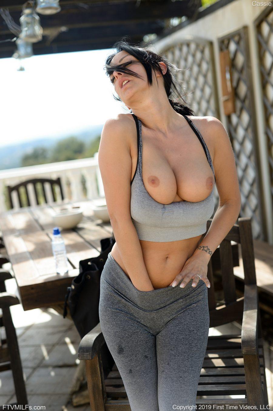 Ftvmilfs cassie clarke jada milf longest saggy yes porn pics xxx